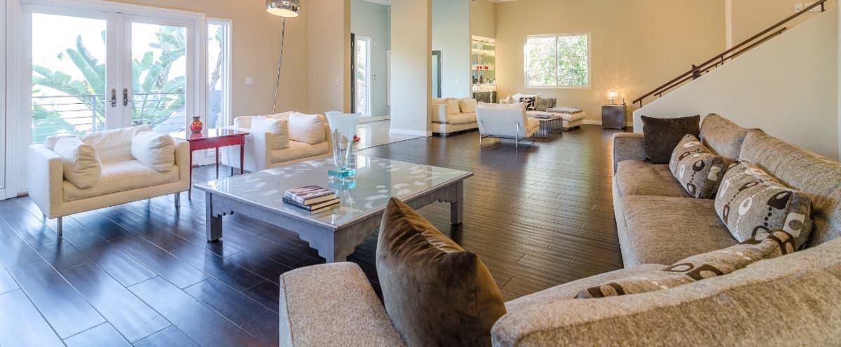 Modern Gorgeous Large House excellent for Filming in Sherman Oaks Hero Image in Sherman Oaks, Sherman Oaks, CA