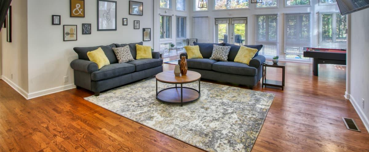 Huge 7 bedroom Home with Open floor plan for Film/Photo Shoots in Atlanta Hero Image in Biltmore Acres, Atlanta, GA
