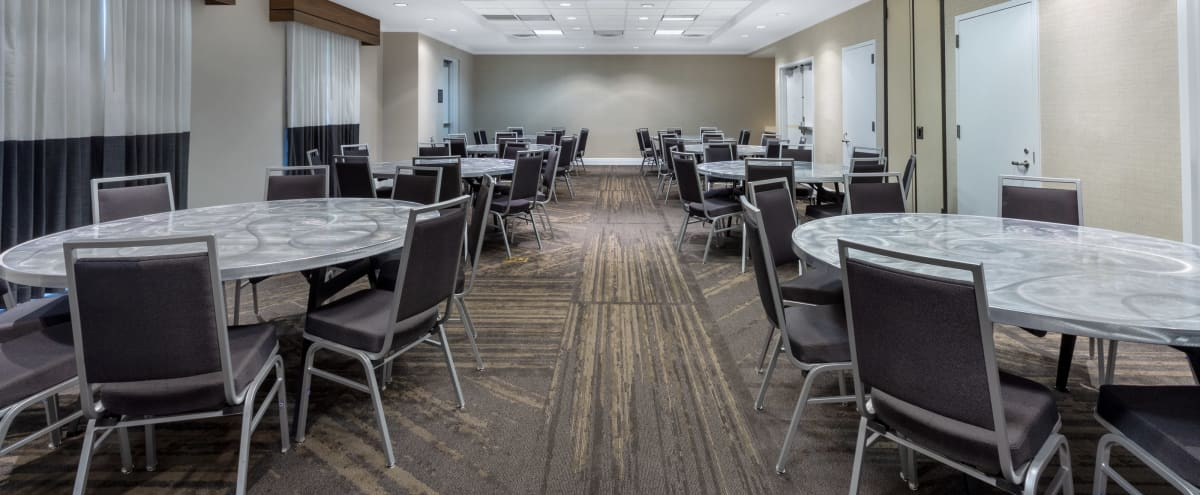 Newly Renovated Meeting Space Near MacArthur Airport in Ronkonkoma Hero Image in undefined, Ronkonkoma, NY