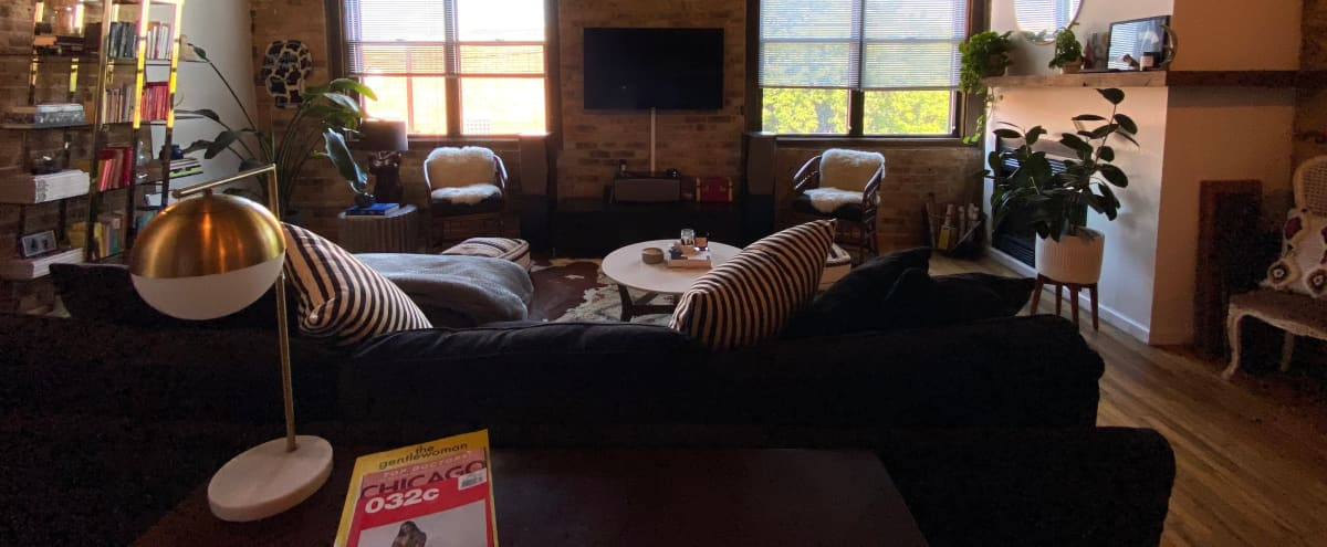 Modern / Creative Lincoln Park Loft Space for Rent in Chicago Hero Image in Wrightwood Neighbors, Chicago, IL