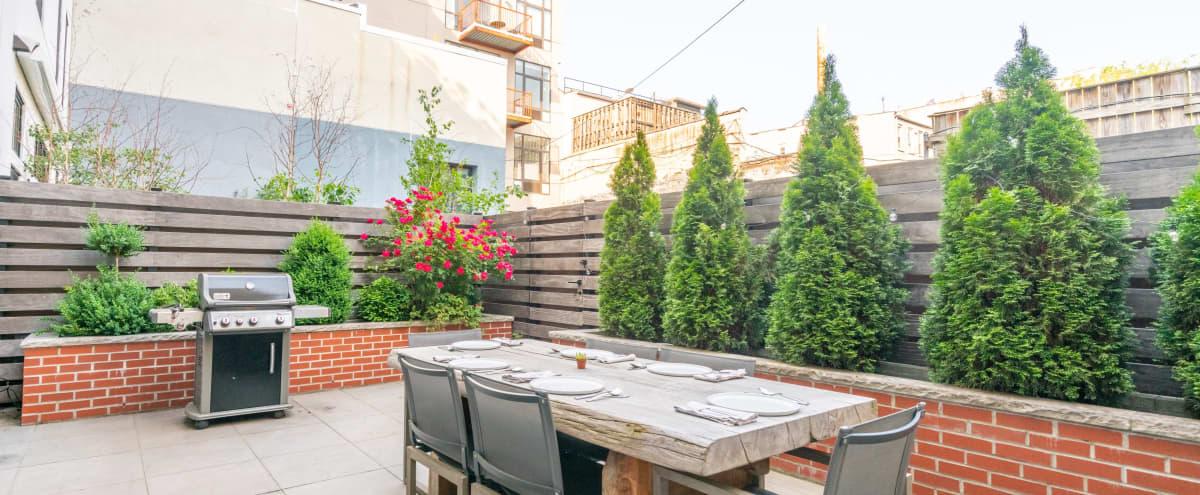 Luxury Workspace / Entertaining Townhome in Brooklyn Hero Image in Williamsburg, Brooklyn, NY