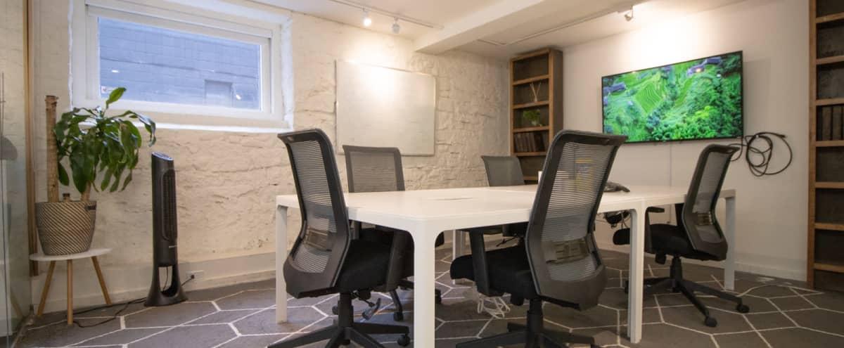 "6 Person Meeting Space (""Cube"") in Toronto Hero Image in Niagara, Toronto, ON"