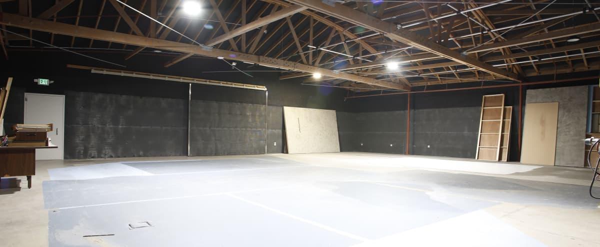Vast Industrial Soundproof Stage in Los Angeles Hero Image in Central LA, Los Angeles, CA