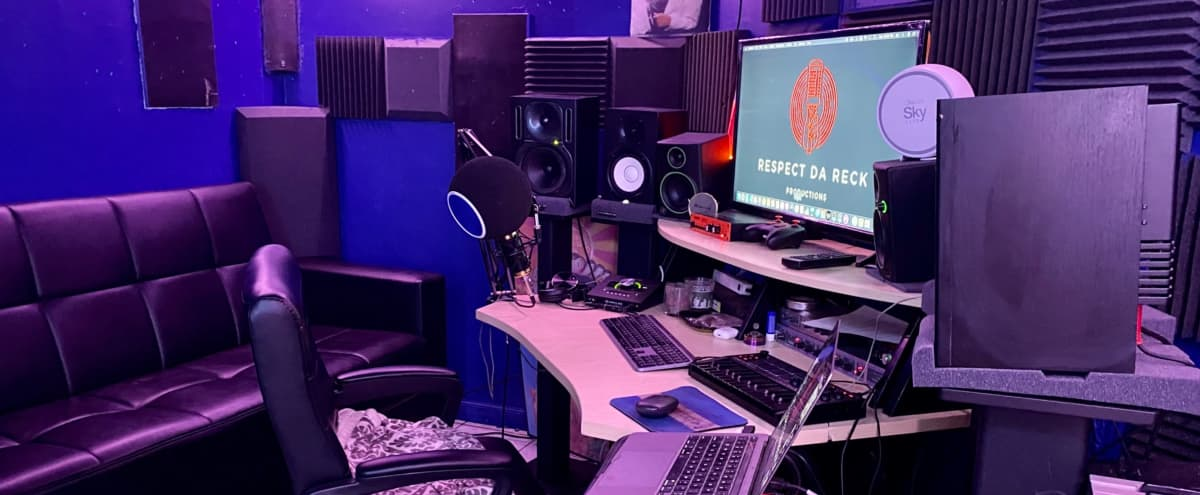 Queens Based Recording Studio With Radio Ready Quality in ROSEDALE Hero Image in Laurelton, ROSEDALE, NY
