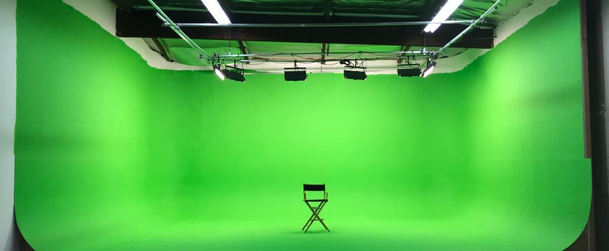 82' 3-wall Pre-lit Green Screen Cyc Studio in Burbank Hero Image in undefined, Burbank, CA