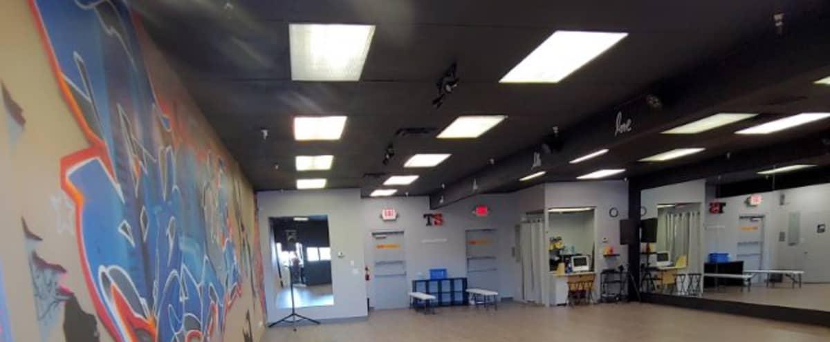 Ious Dance Studio With Great Lighting