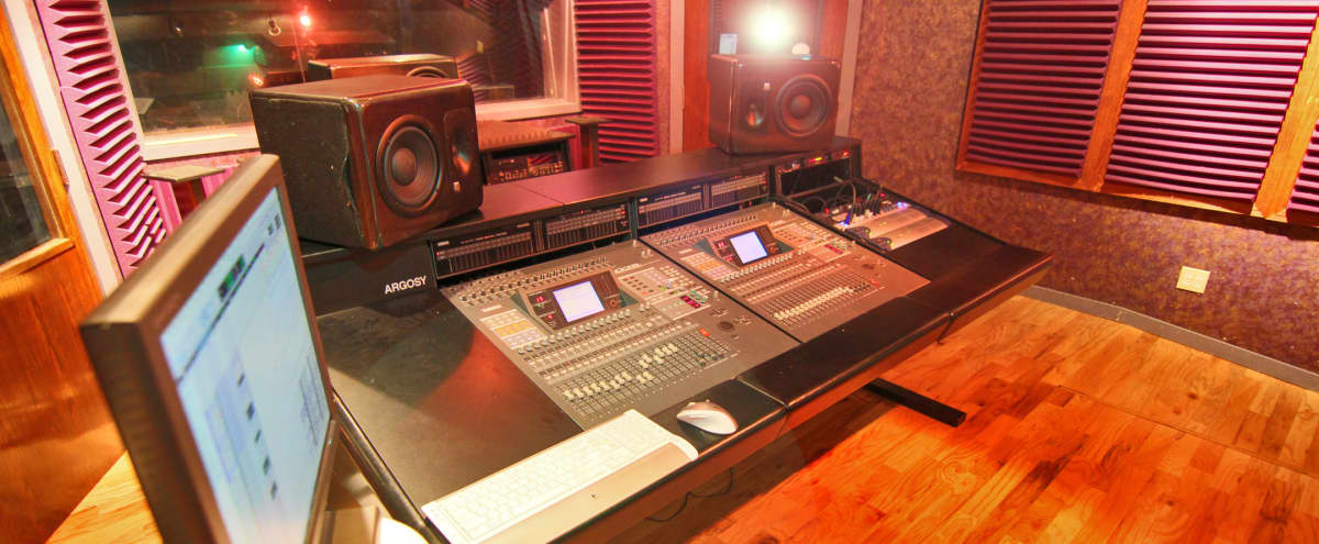 STATE OF THE ART RECORDING STUDIO - PRODUCTION SPACE in Houston Hero Image in Memorial City, Houston, TX
