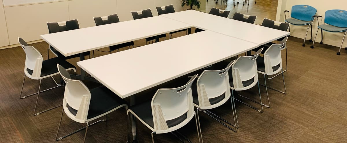 Tech-Ready Meeting Space in Washington Hero Image in Northwest Washington, Washington, DC