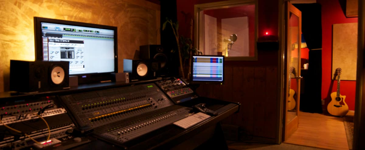 Charming Creative Gem for Recording in West Hollywood Hero Image in Sunset Strip, West Hollywood, CA