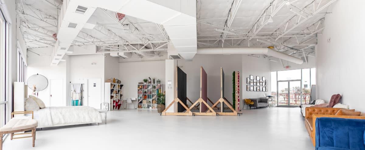 *NEW* White Industrial Natural Light Studio - 2,000 sqft in Carrollton Hero Image in Southwest Carrollton, Carrollton, TX