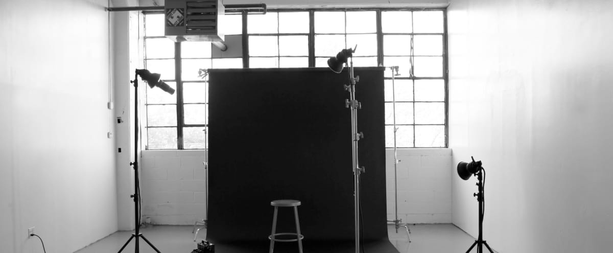 Bright Industrial Photo Studio With High Ceilings & Beautiful Daylight in Ridgewood Hero Image in Ridgewood, Ridgewood, NY