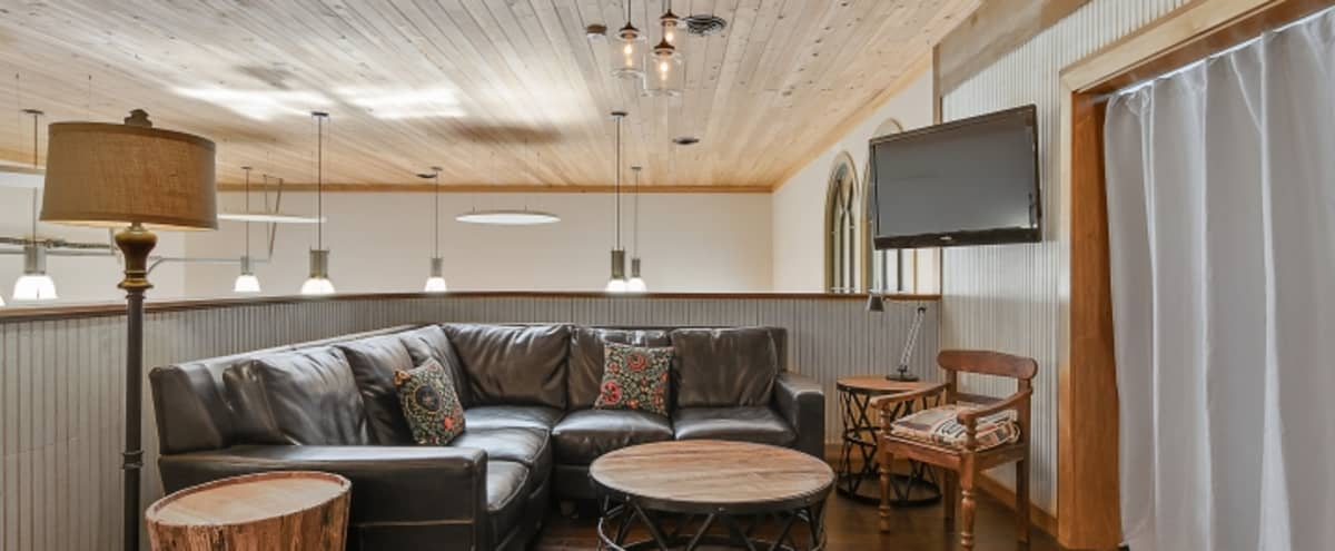 Entertainment Space complete with Television, Bar, Shuffleboard & Comfy Seating in Historic Germantown adjacent to Downtown Nashville in Nashville Hero Image in Germantown, Nashville, TN