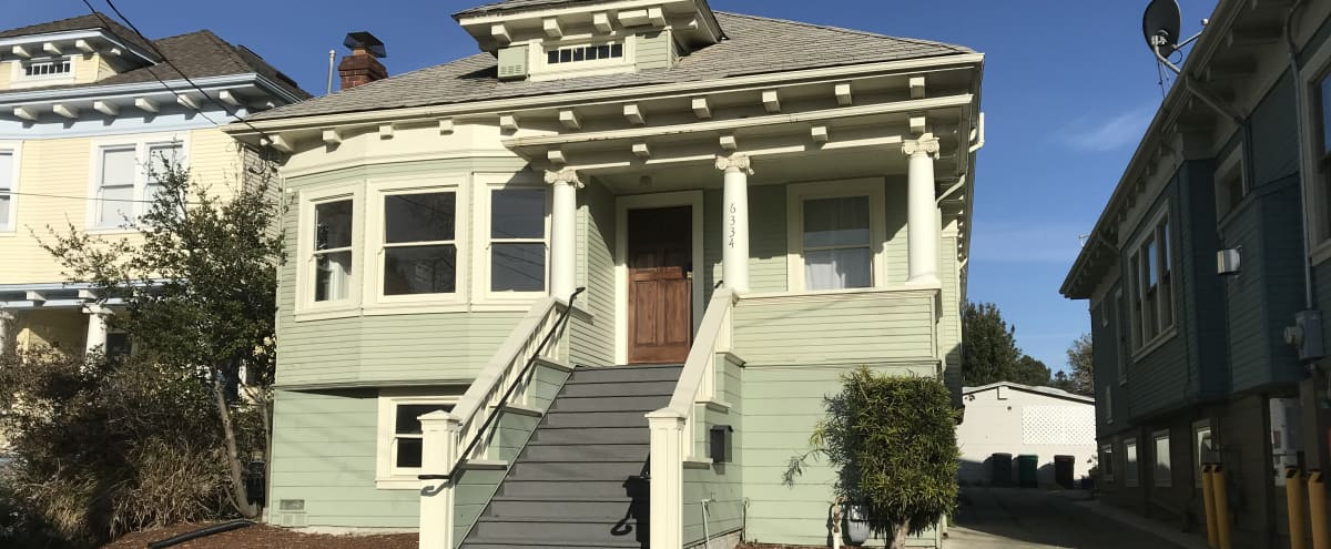 Moldable - Largely Unfurnished California Craftsman Residence - Oakland in Oakland Hero Image in Upper Telegraph, Oakland, CA