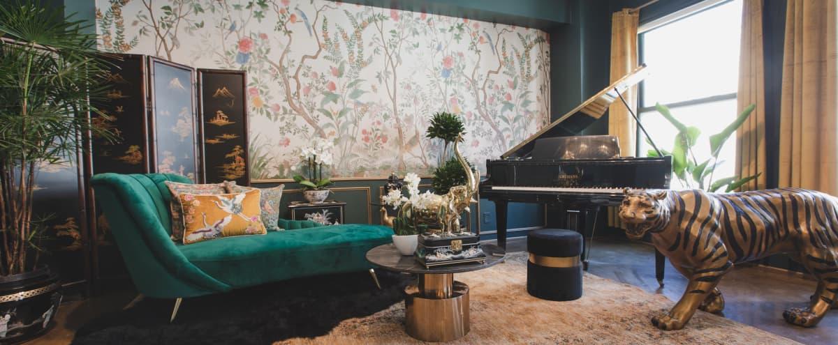 Unique Jungle Studio With Piano