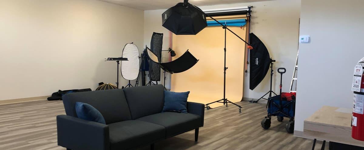 Clean Studio with Natural Light in Aurora Hero Image in undefined, Aurora, IL