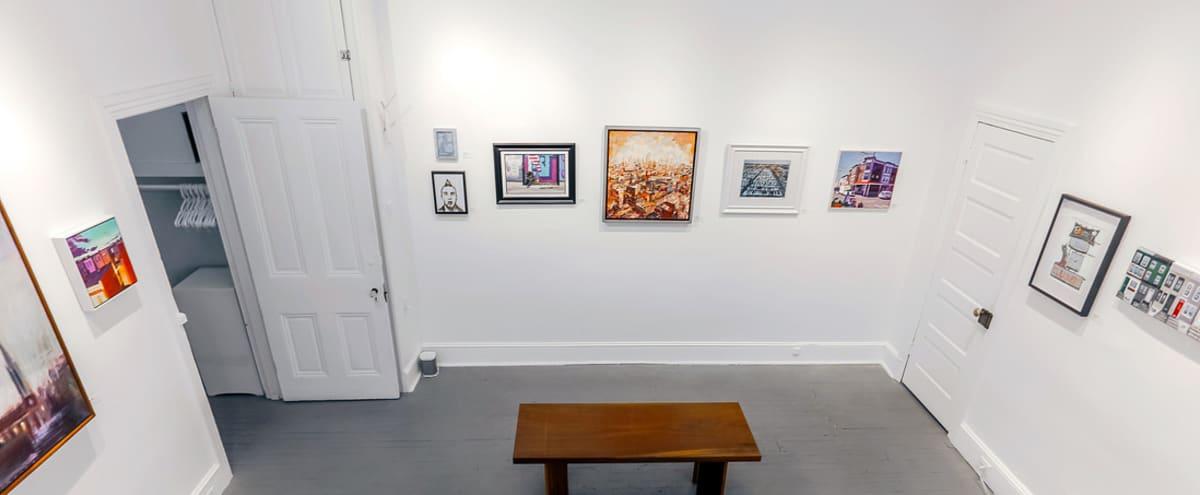 Intimate Gallery Loft for Small Events in Philadelphia Hero Image in Bella Vista, Philadelphia, PA