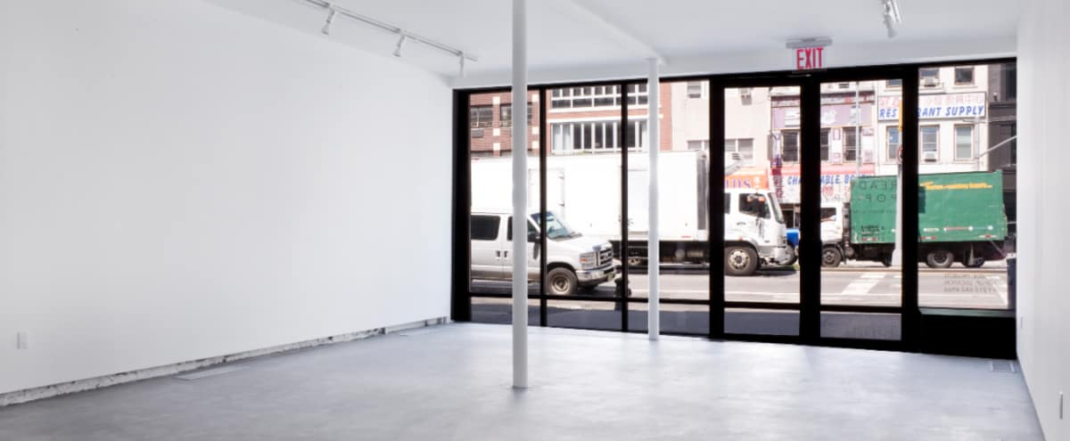 Clean All-White Pop-up Gallery in New York Hero Image in Bowery, New York, NY