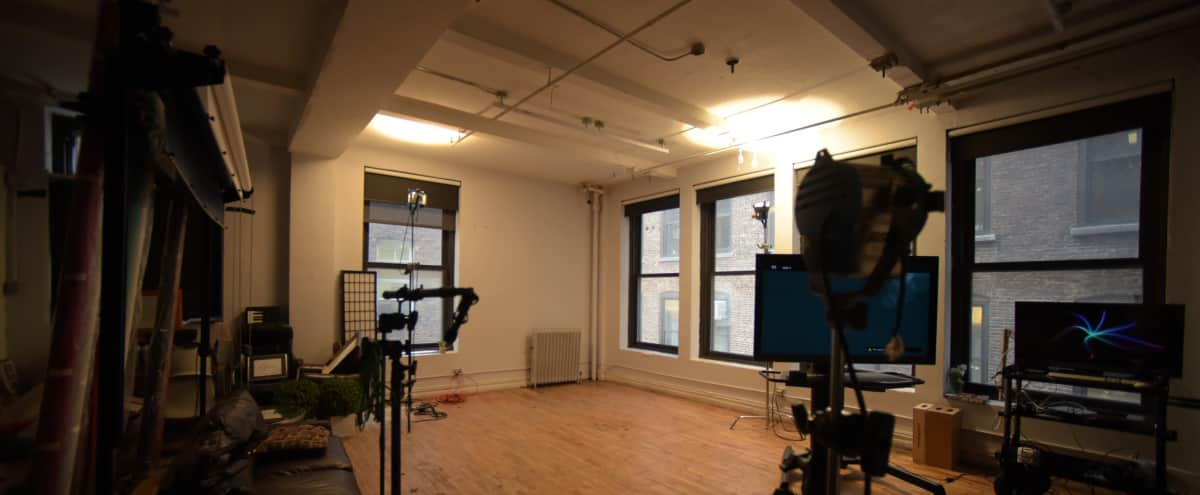 Listing Professional Studio and Meeting Space in New York Hero Image in Midtown, New York, NJ