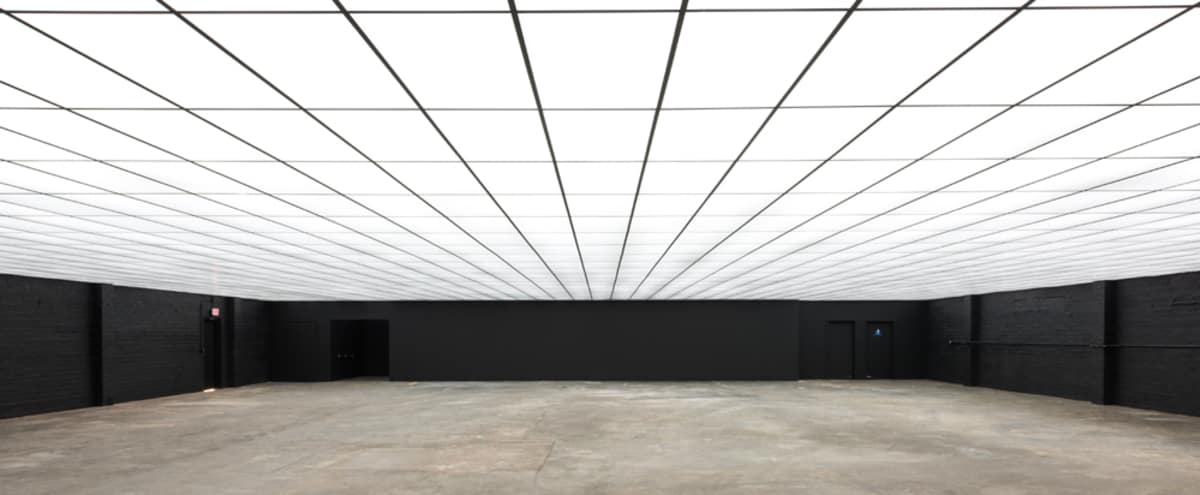 Architectural Plexi-Covered Warehouse in Los Angeles Hero Image in South Los Angeles, Los Angeles, CA