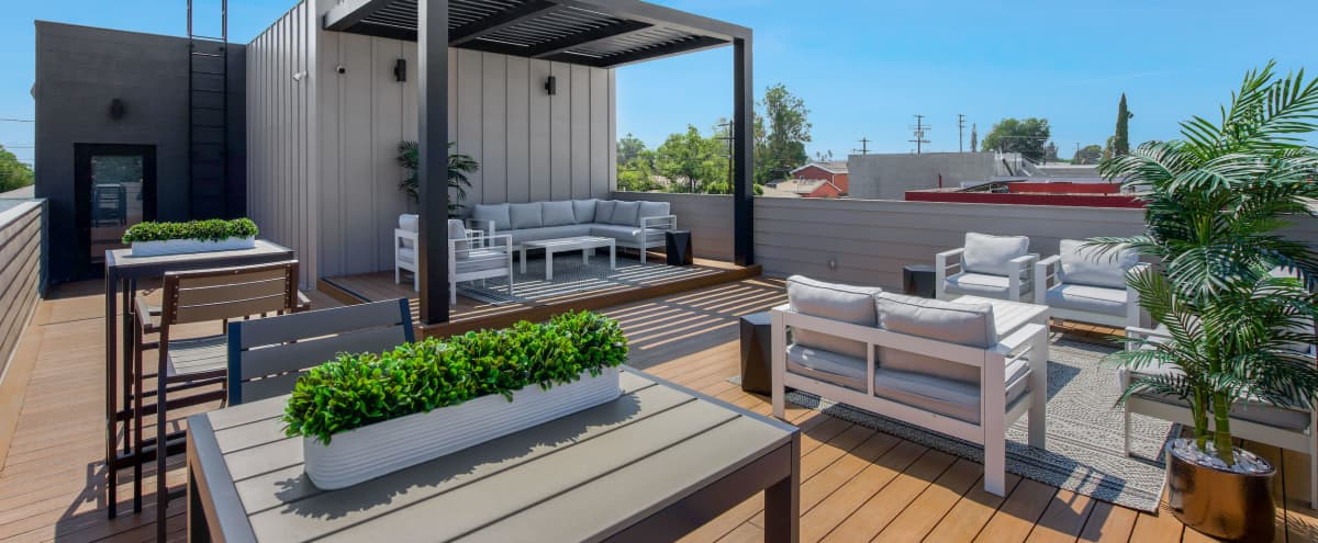 Modern Rooftop Deck & Lounge in North Hollywood Hero Image in North Hollywood, North Hollywood, CA