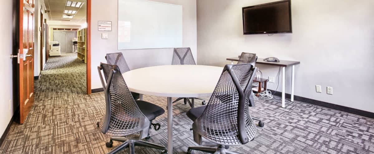 Flexible Team Meeting Space Seats Up to 6 people w/ Whiteboard and Flatscreen TV in Las Vegas Hero Image in Downtown Las Vegas, Las Vegas, NV