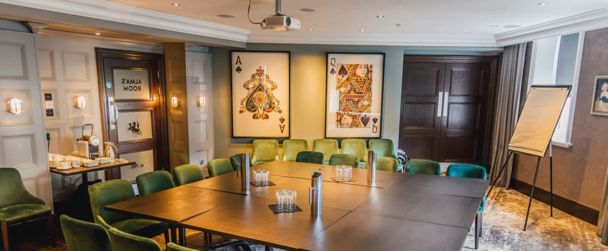 Large Luxury Private Dining Room in London Hero Image in Covent Garden, London,