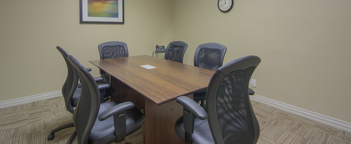 Medium Conference Room for 6 people in Denver Hero Image in East, Denver, CO