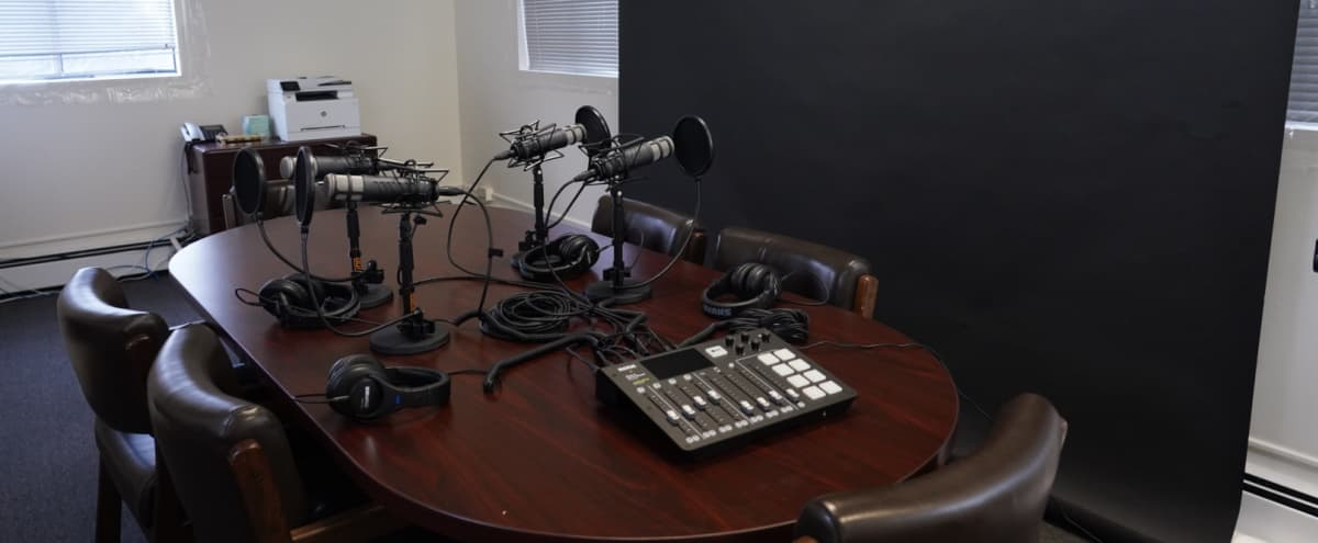 Comfortable, private Podcast Recording studio in Westchester. in ELMSFORD Hero Image in undefined, ELMSFORD, NY