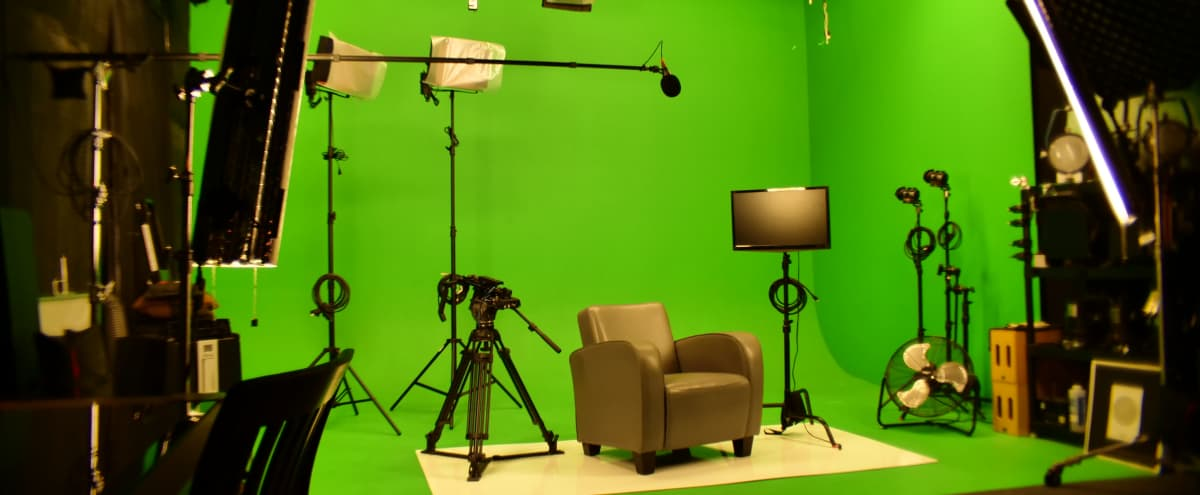 Pre-Lit Green Screen Studio and Sound Stage in Sunland Hero Image in Sunland-Tujunga, Sunland, CA