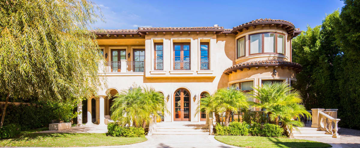 Mediterranean Villa In Beverly Hills Perfect For Film Production