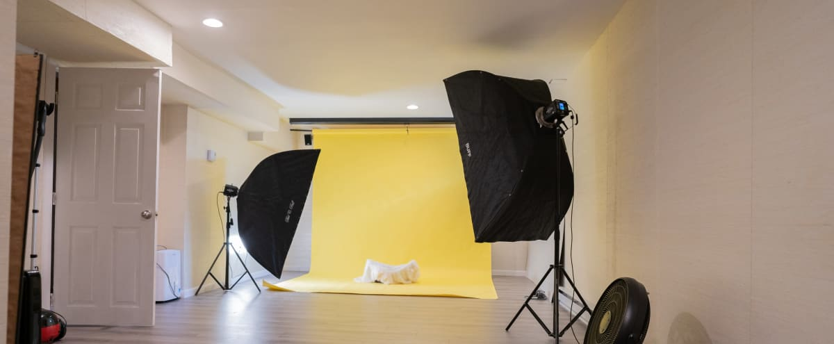 Fully Functioned Photo Studio with Lights in MALDEN Hero Image in undefined, MALDEN, MA