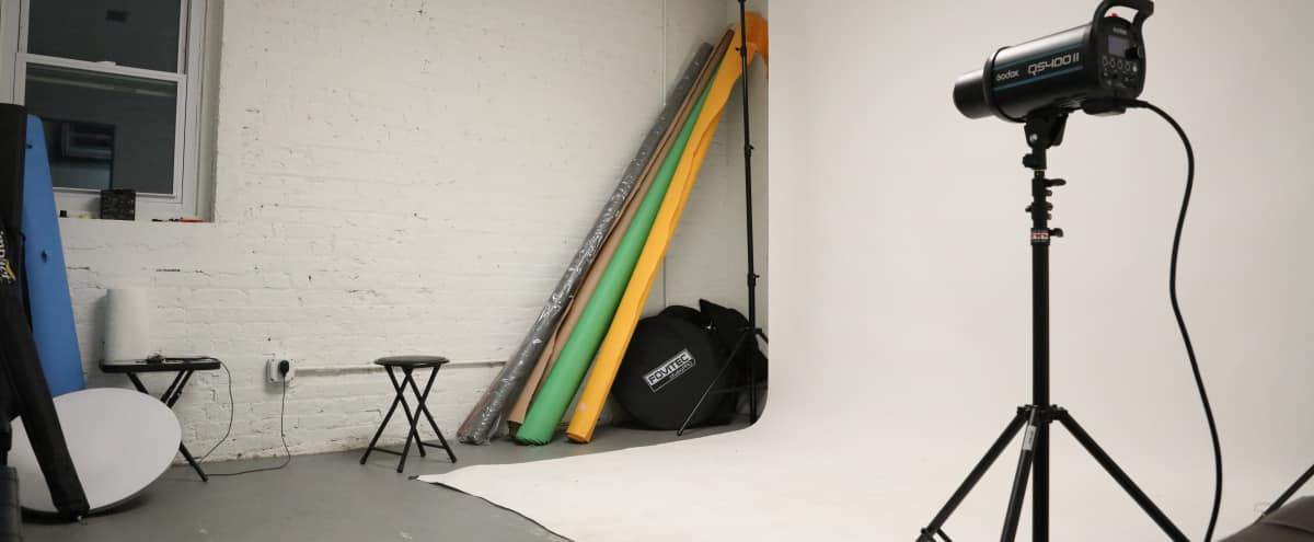Professional Portrait Studio in East WIlliamsburg in Brooklyn Hero Image in Bushwick, Brooklyn, NY