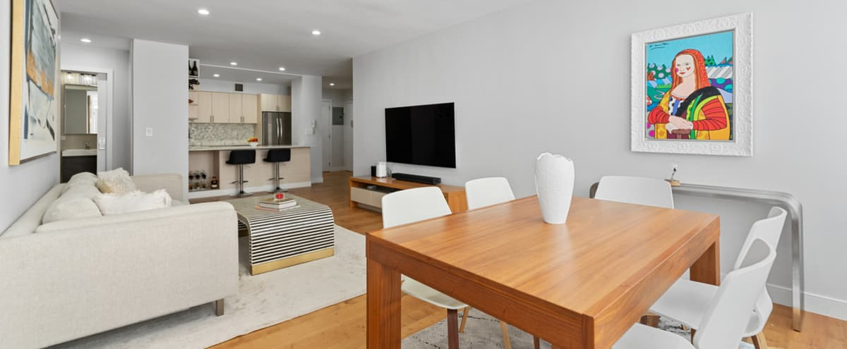 Spacious Downtown Manhattan Apartment with Large Kitchen & Lighting Throughout in New York Hero Image in Financial District, New York, NY