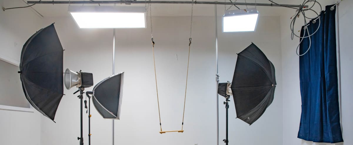 Photo Studio/Videos (Bayridge Brooklyn) in brooklyn Hero Image in Dyker Heights, brooklyn, NY