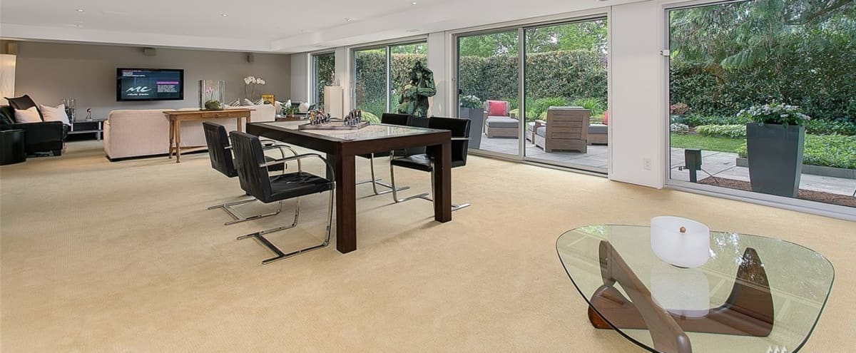 Fine Meeting Retreat In Modern Mid Century With Great Light Machost Co Dining Chair Design Ideas Machostcouk