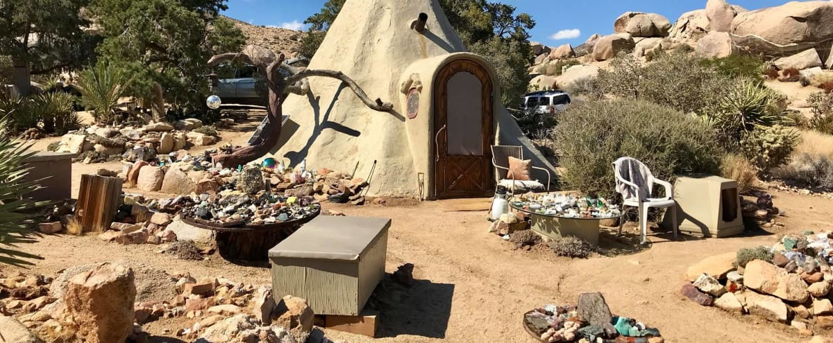 Garth's Boulder Gardens, A Square Mile of Magical Land with Amazing Structures, Wildlife, Boulders, and Views in Geronimo Trail Hero Image in undefined, Geronimo Trail, CA