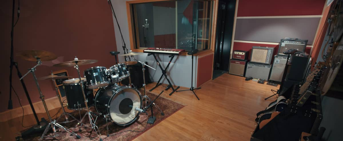Recording Studio Blocks to the Beach in Oceanside Hero Image in Townsite, Oceanside, CA