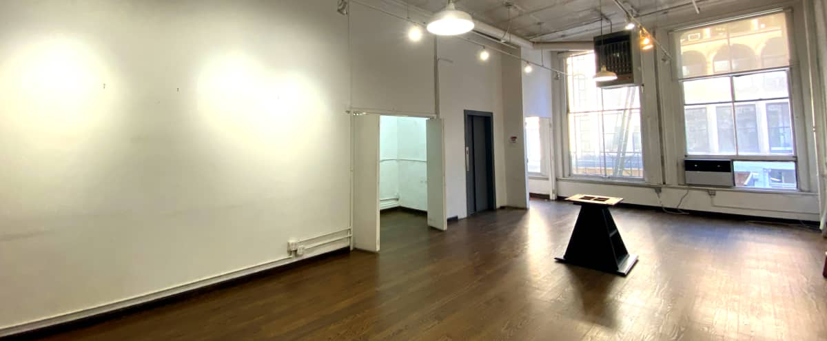 Broadway TriBeCa Office in New York Hero Image in Tribeca, New York, NY