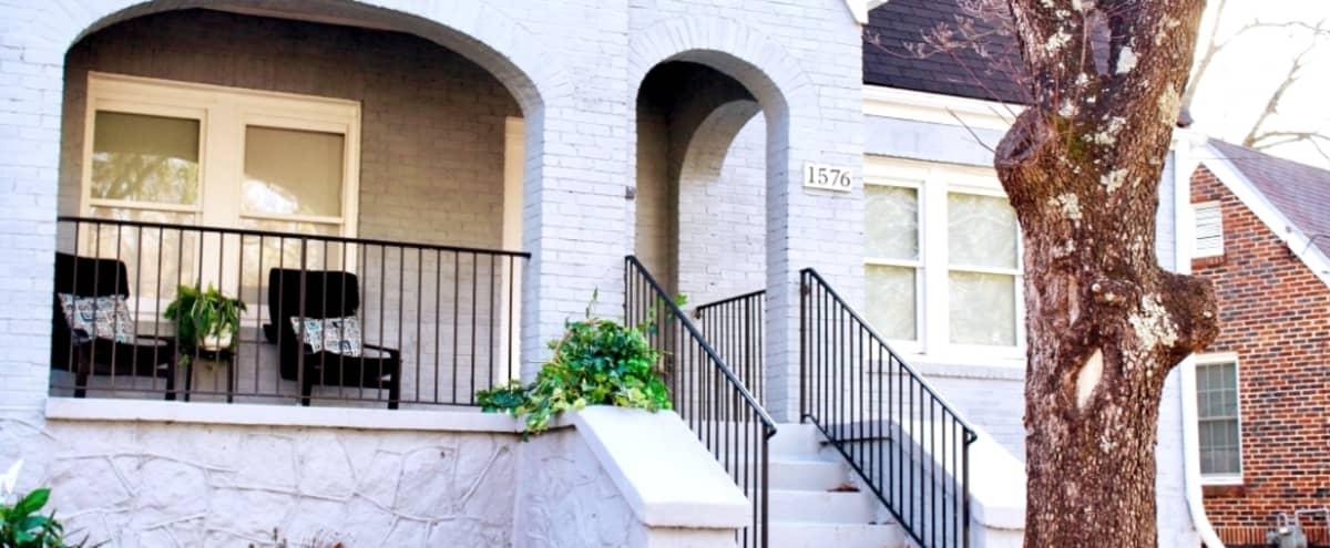 Lux King Bed Estate W/ GameRoom 10 Min Frm Downtwn in Atlanta, GA Hero Image in Cascade Road, Atlanta, GA, GA