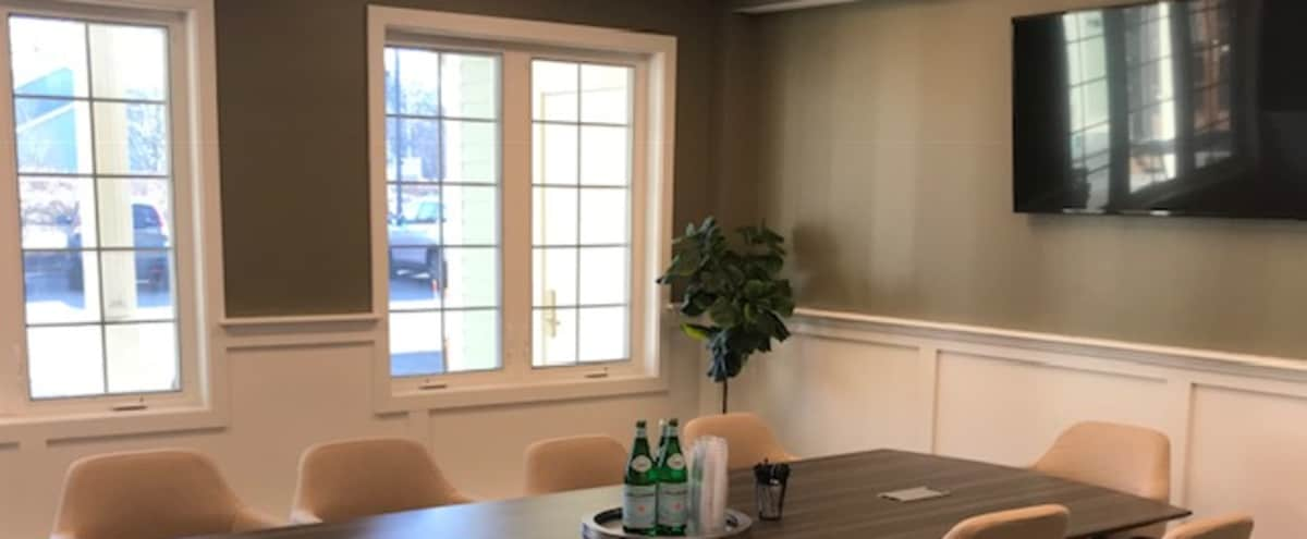 Modern 10-Person Meeting Room in Marshfield Hero Image in undefined, Marshfield, MA