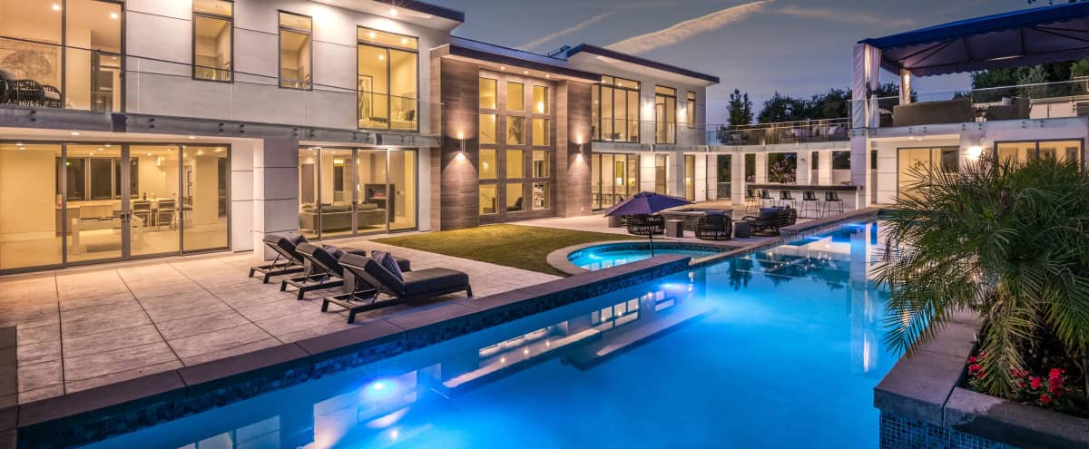 Ultra Modern Huge Mansion with Pool and Tennis in Encino Hero Image in Encino, Encino, CA