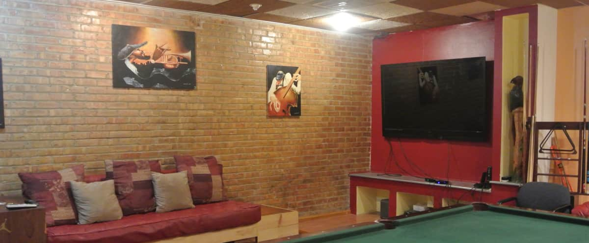 Hidden Gem! 4,000 Sq Ft Creative Studio w/ Full Size Bar, Lounge, & Pool Table in Chicago Hero Image in Albany Park, Chicago, IL