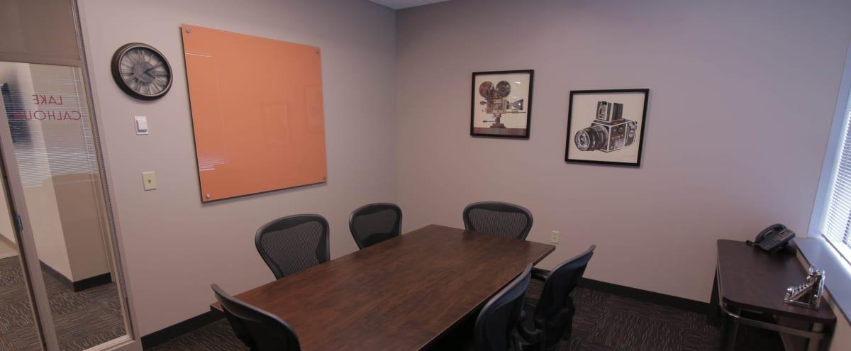 Professional Meeting Room in Minnetonka in Minnetonka Hero Image in undefined, Minnetonka, MN