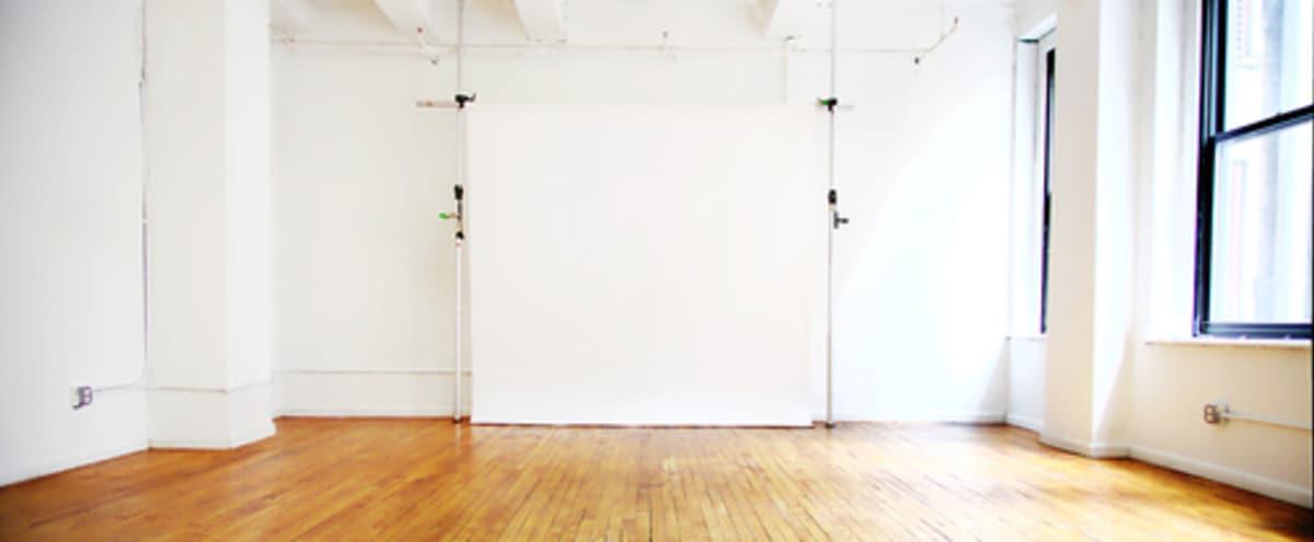 Bright Midtown Studio in New York Hero Image in Chelsea, New York, NY