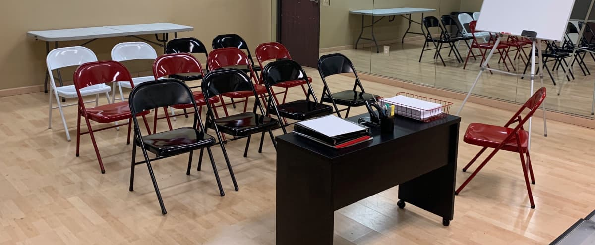 Upscale Studio Rehearsal / Meeting Space in Woodland Hills Hero Image in Warner Center, Woodland Hills, CA