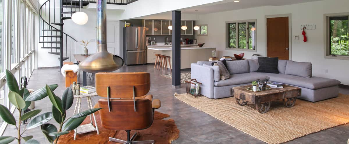 Modern House on 40 Acres in the Catskills in Livingston Manor Hero Image in undefined, Livingston Manor, NY