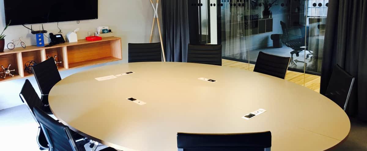 Stunning Meeting Room for 10 People -  Newbury Street in Boston Hero Image in Back Bay West, Boston, MA