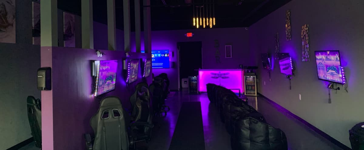 Creative Multi-Purpose gray Space lounge, Conveniently Located Next to Kennesaw State in Kennesaw Hero Image in undefined, Kennesaw, GA