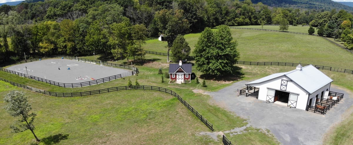Rooms: Beautiful Rural Horse Farm With Private Meeting Facility