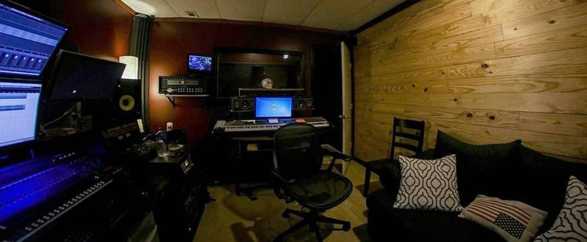 Top notch Houston Recording Studio in Houston Hero Image in Alief, Houston, TX